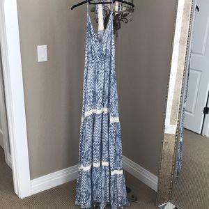 Gorgeous sundress with adjustable halter straps!